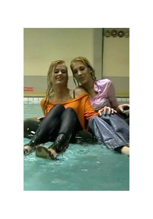 W803 - Lindsay and Sanne (movie)