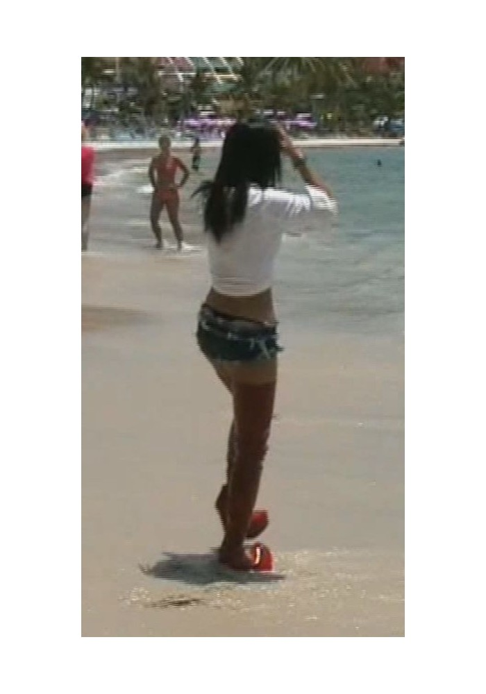 tw W038a Pal in boots at beach (movie)
