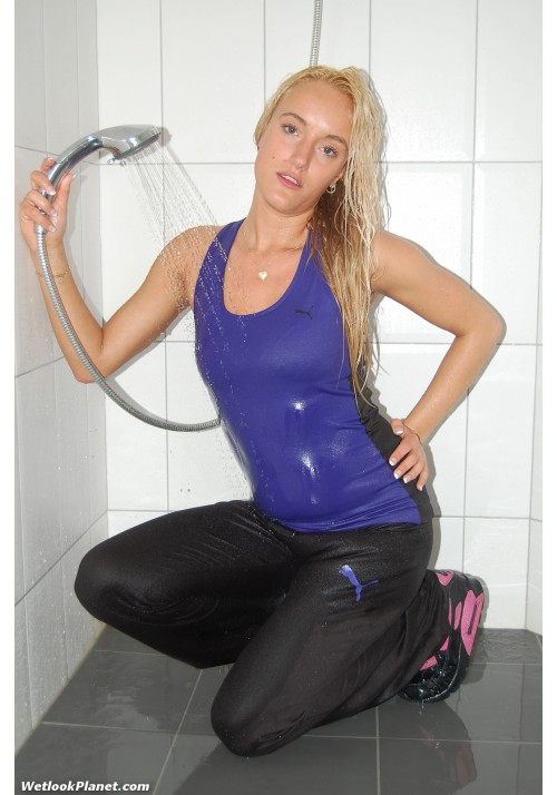 wetlook 101-4 Paula