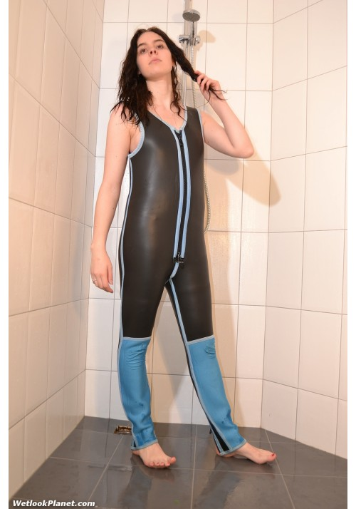 wetlook 113-14 Christianne