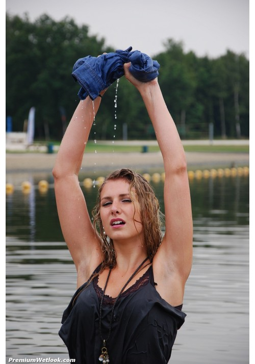 wetlook 237-1 Yael
