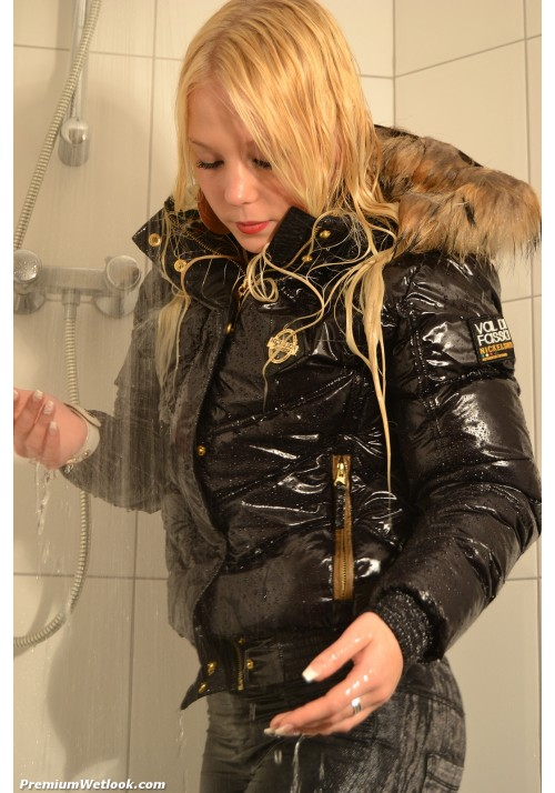 wetlook 266-3 Louise