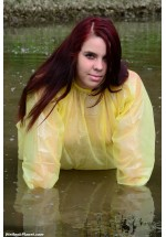 wetlook 113-15 Chrissy (movie)