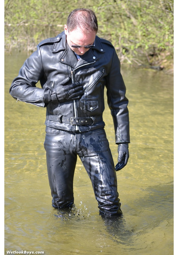 wetlook 178 Mario1 (movie)